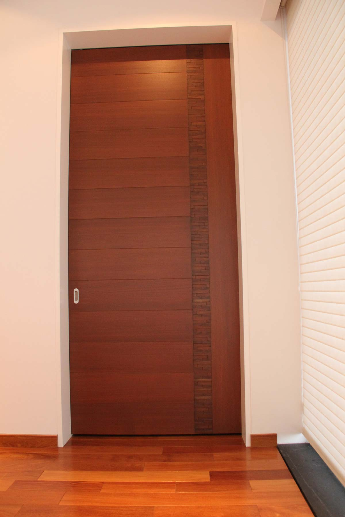 Puertas minimalistas jalisco y mexico bohom corp for Puertas de madera interiores modernas